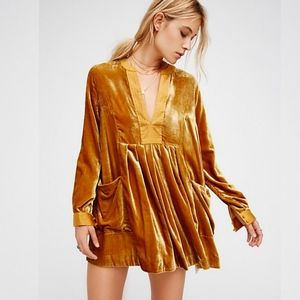 FREE PEOPLE  Choose Me Gold Vevet Dress Size Small